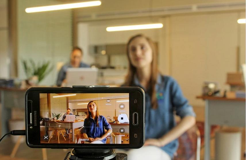Nudge-Design lance sa solution innovante d'expérience Teambuilding distancielle autour de la vidéo !